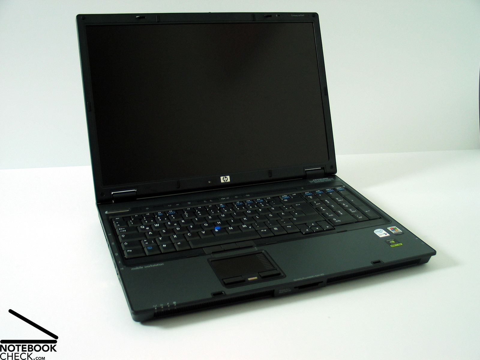 HP Compaq Workstation nw9440 NAS XP