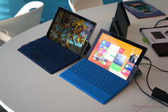 Surface 3 obok modelu Surface Pro 3